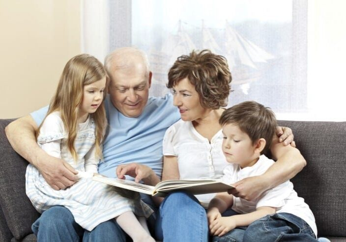 family-reading-image